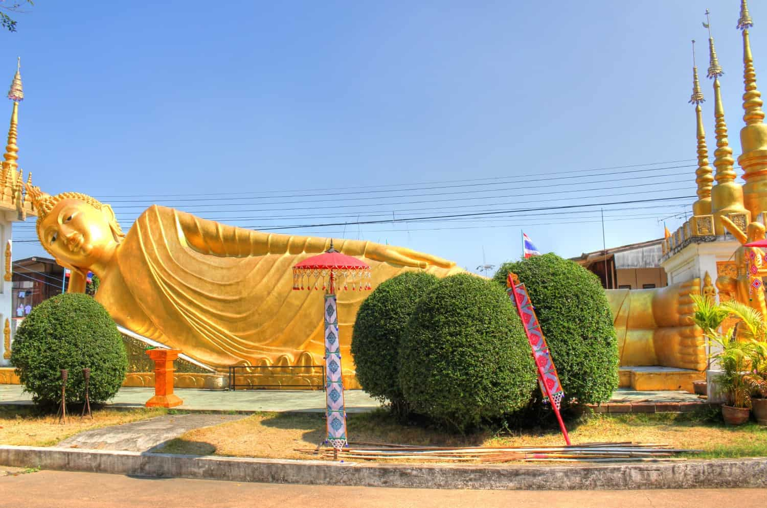Reclining Buddha in Phrae