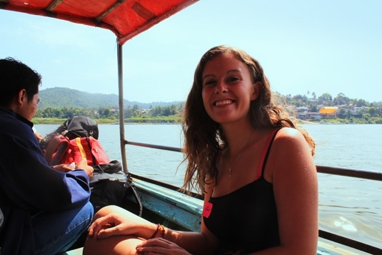 boat to the laos border