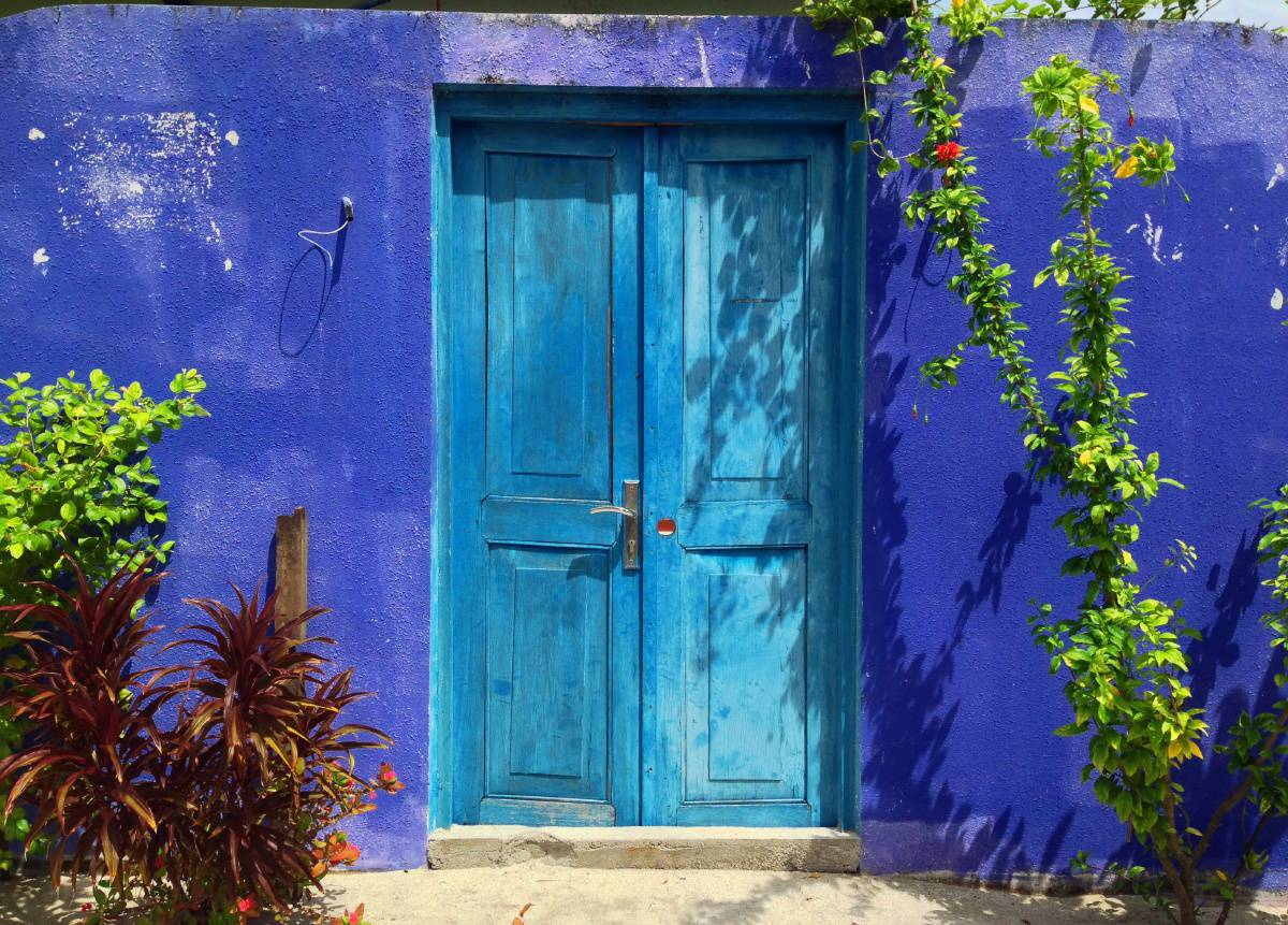 Colourful door on Fulidhoo