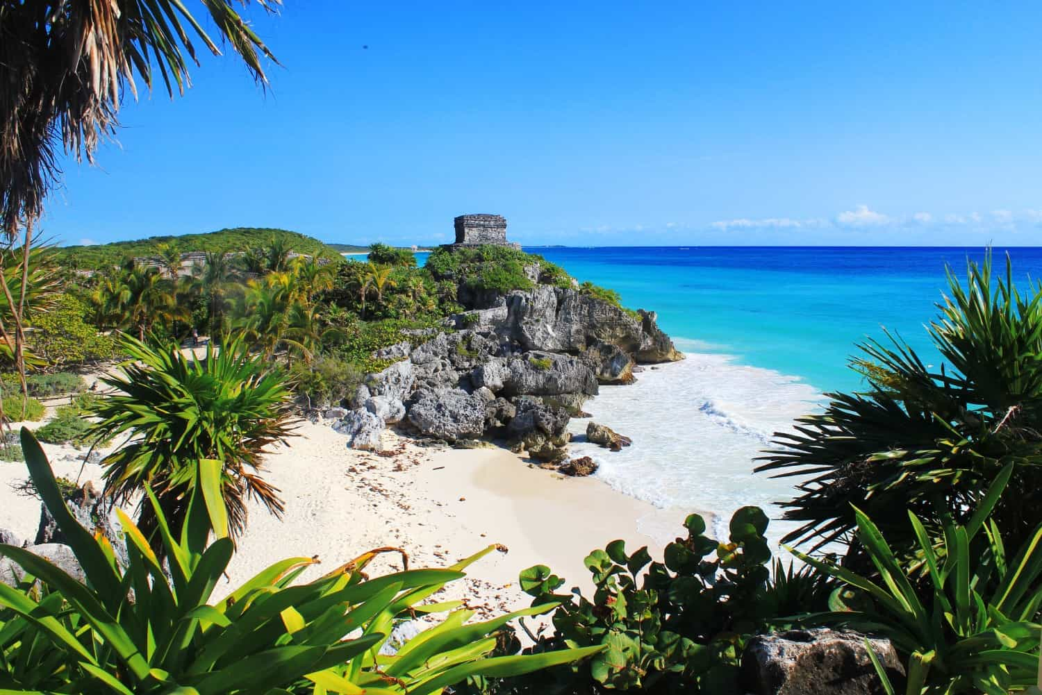 how to get to paradise beach tulum