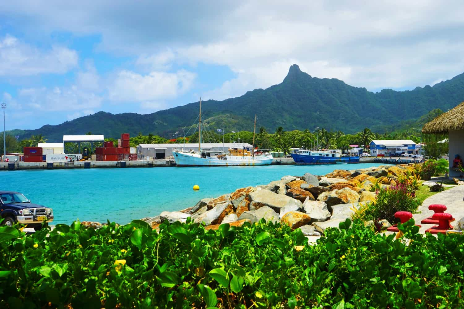 The picturesque harbour in Rarotonga