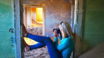 Lauren in Kolmanskop